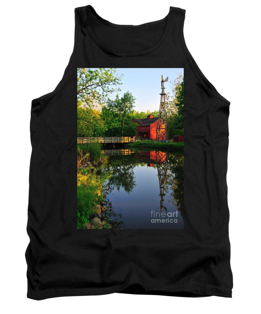 Bonneyville Mill Tank Top featuring the photograph Bonneyville Mill by David Arment