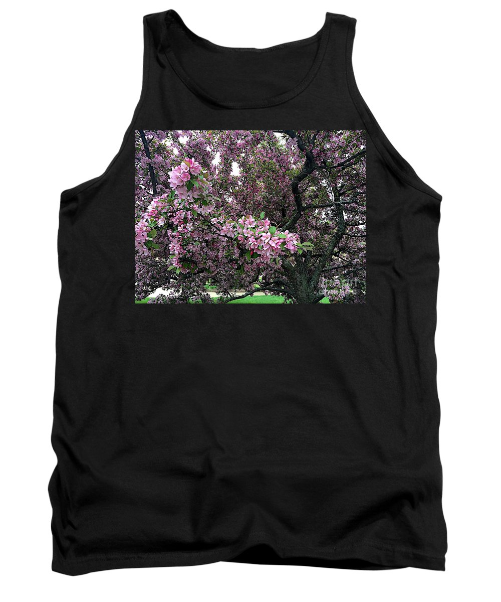 Blooms Tank Top featuring the photograph Bountiful by Joseph Yarbrough