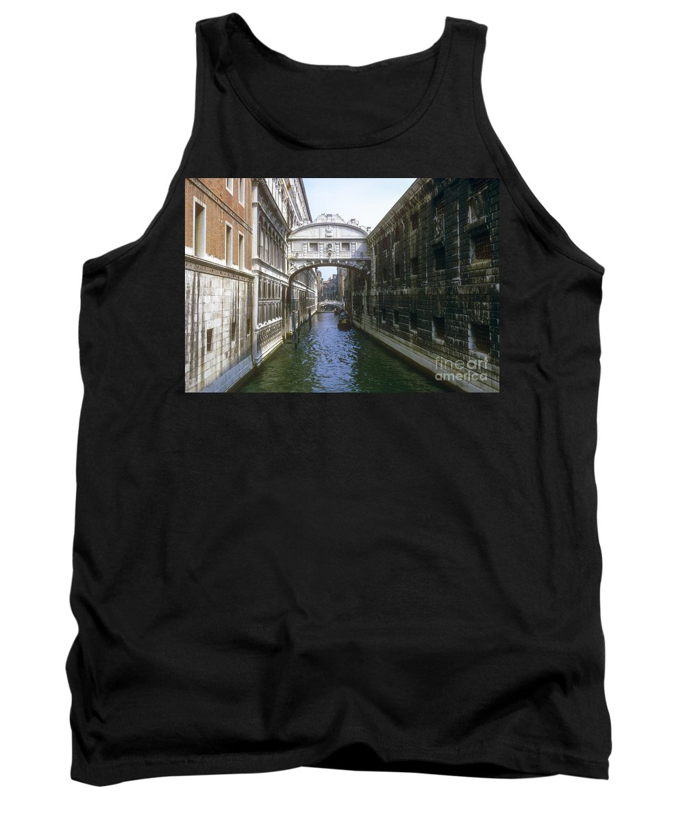 Bridge Of Sighs Venice Canal Canals Building Buildings Structure Structures Architecture Water Bridges City Cities Cityscape Cityscapes Italy Tank Top featuring the photograph Bridge Of Sighs by Bob Phillips
