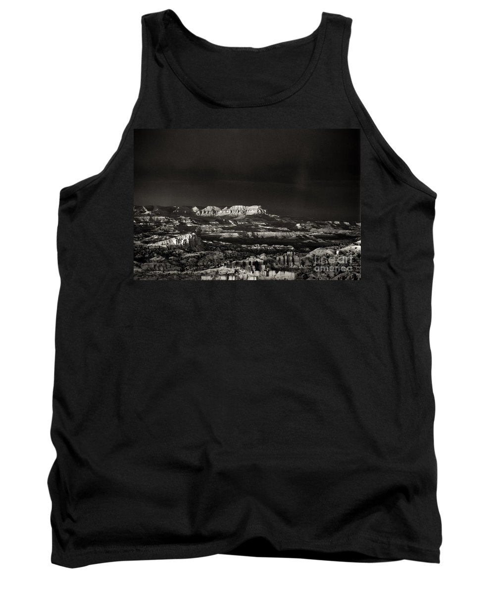 North America Tank Top featuring the photograph Bryce Canyon Formations In Black And White by Dave Welling