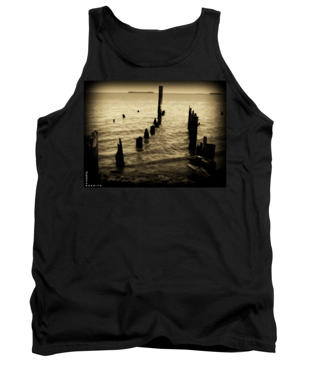 Bygones Tank Top featuring the photograph Bygones by Ed Smith
