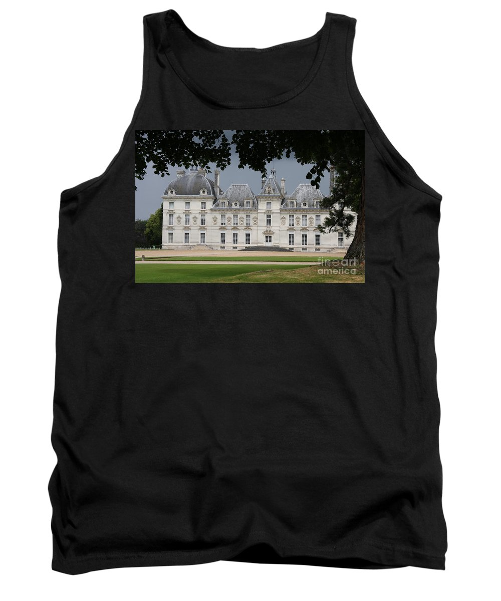 Palace Tank Top featuring the photograph Chateau De Cheverny - France by Christiane Schulze Art And Photography