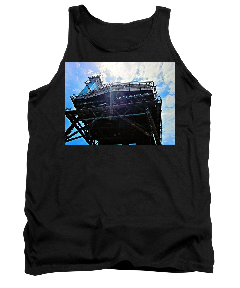 Lighthouse Tank Top featuring the photograph Chesapeake Lighthouse 2 by Emma Motte