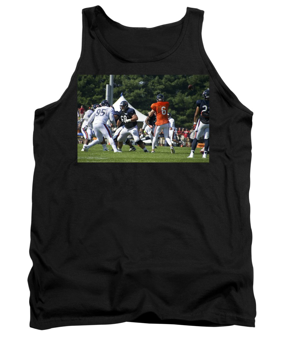 Chicago Bears Tank Top featuring the photograph Chicago Bears G Matt Slauson Training Camp 2014 02 by Thomas Woolworth