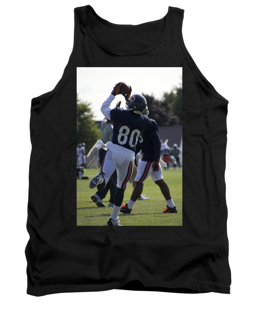 Chicago Bears Tank Top featuring the photograph Chicago Bears Wr Armanti Edwards Training Camp 2014 04 by Thomas Woolworth