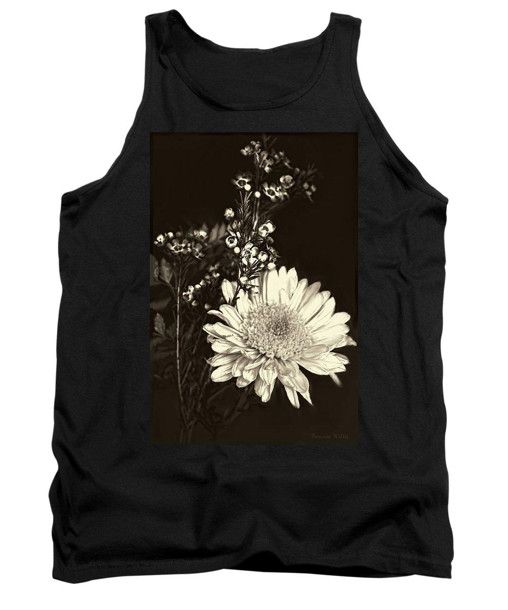 Chrysanthemum Tank Top featuring the photograph Chrysanthimum by Bonnie Willis