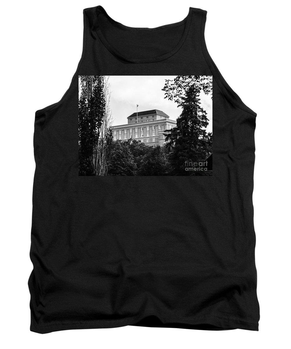 Urban Black And White Tank Top featuring the photograph City Center-37 by David Fabian