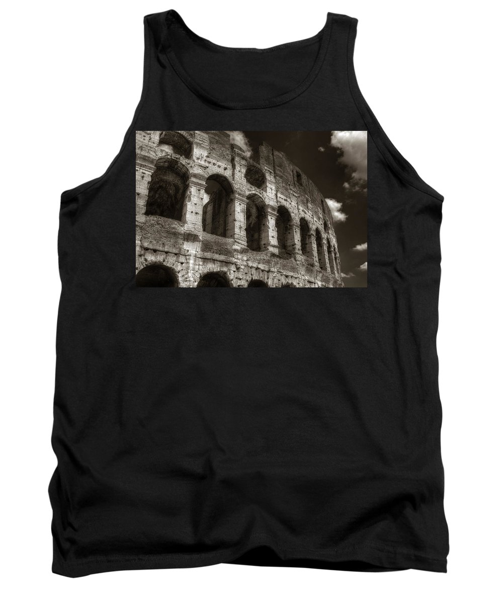 Rome Tank Top featuring the photograph Colosseum Wall by Michael Kirk
