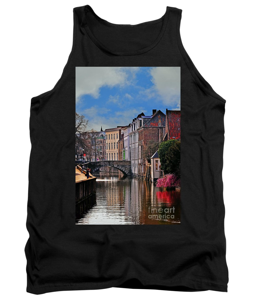 Travel Tank Top featuring the photograph Dawn In Bruges by Elvis Vaughn