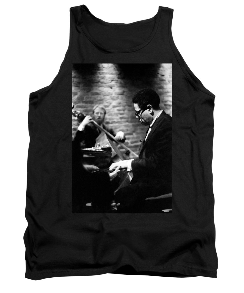 Dizzy Tank Top featuring the photograph Dizzy On Piano by Dave Coleman
