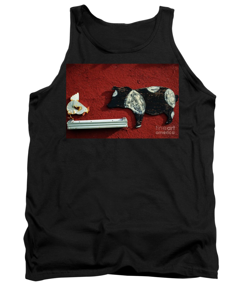 Pig Tank Top featuring the photograph Farm Art by Tikvah's Hope
