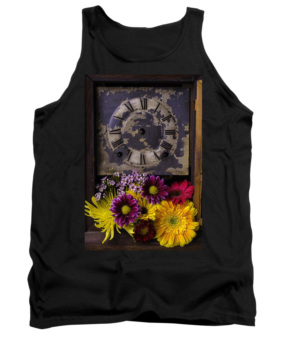 Daisy Flower Tank Top featuring the photograph Flower Clock by Garry Gay