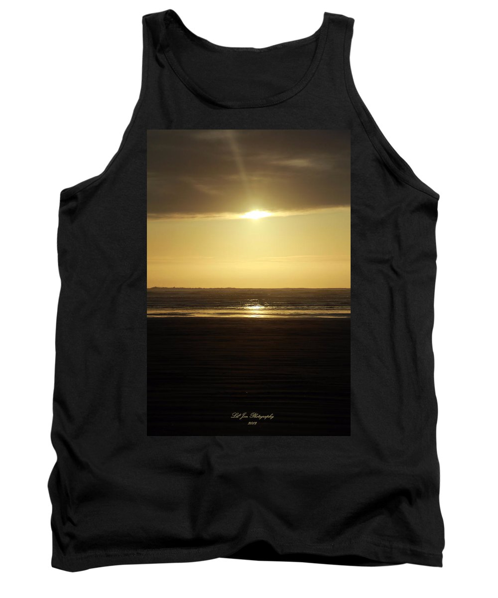 Ocean Tank Top featuring the photograph Glory At Ocean Shores by Jeanette C Landstrom