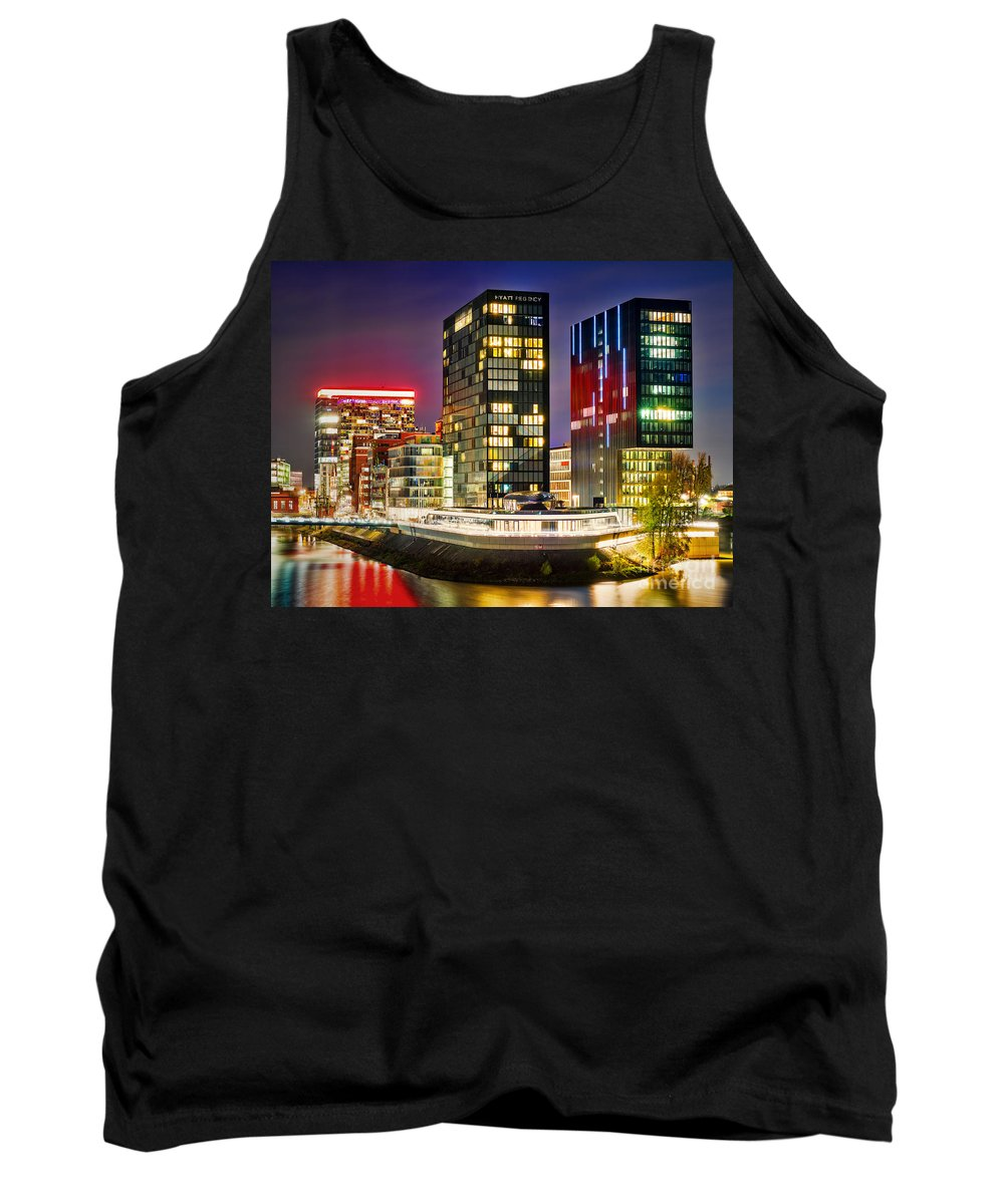 Dusseldorf Tank Top featuring the photograph Hyatt Regency Dusseldorf by Daniel Heine