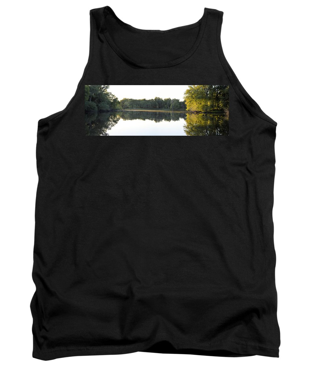Lake Tank Top featuring the photograph Lake Considine by Bonfire Photography