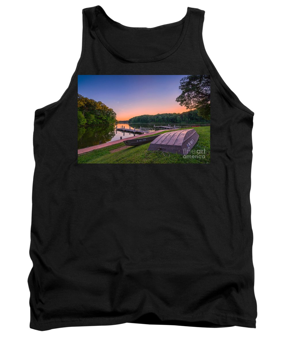 Lincoln Trail State Park Tank Top featuring the photograph Lincoln Trail State Park by Michael Ver Sprill