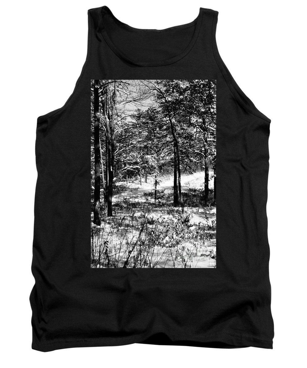 Winter Tank Top featuring the photograph Lost by Jeffery L Bowers