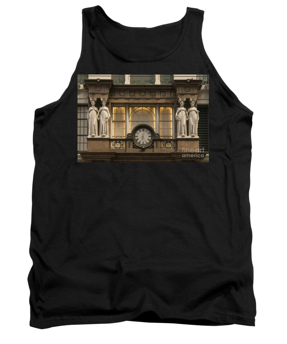 Macy's Department Store Building New York City Buildings Architecture Structure Structures Odds And Ends Statue Statues Sculpture Sculptures Tank Top featuring the photograph Macy's Clock by Bob Phillips