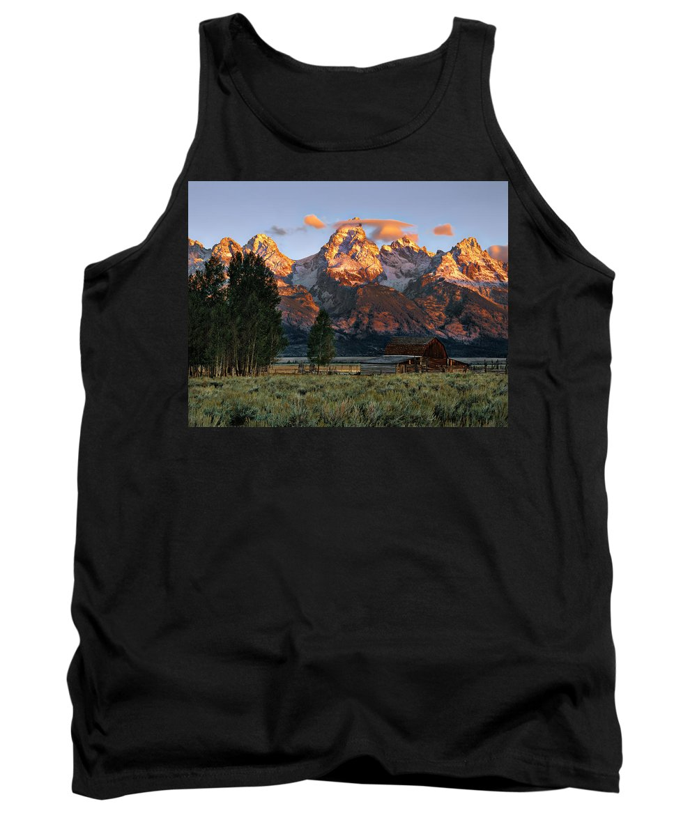 Wyoming Tank Top featuring the photograph Moulton Barn 2 by Leland D Howard