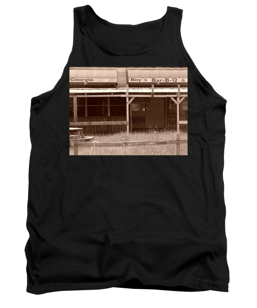 Landscape Tank Top featuring the photograph Open For Business by Katherine Sumpter