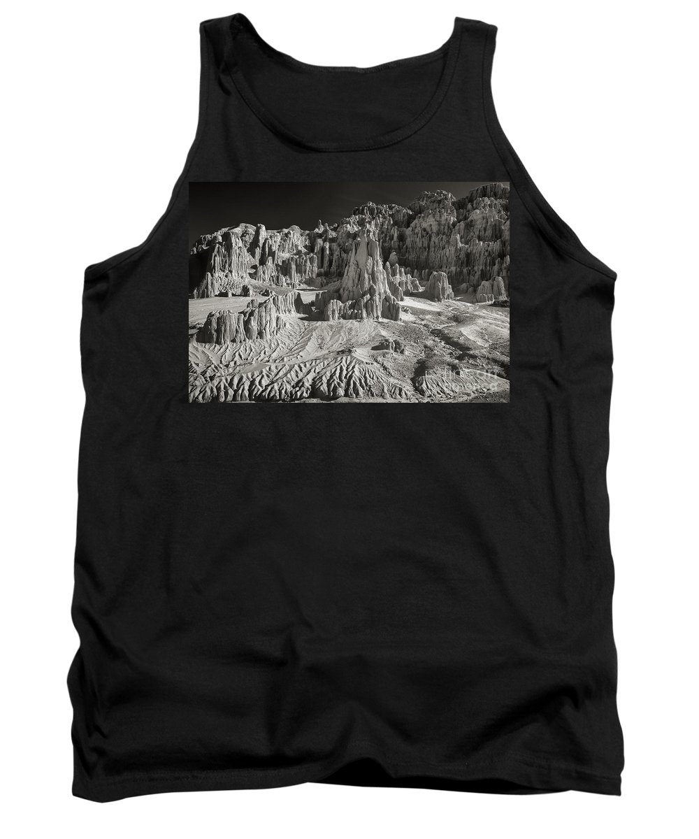 North America Tank Top featuring the photograph Panaca Sandstone Formations In Black And White Nevada Landscape by Dave Welling
