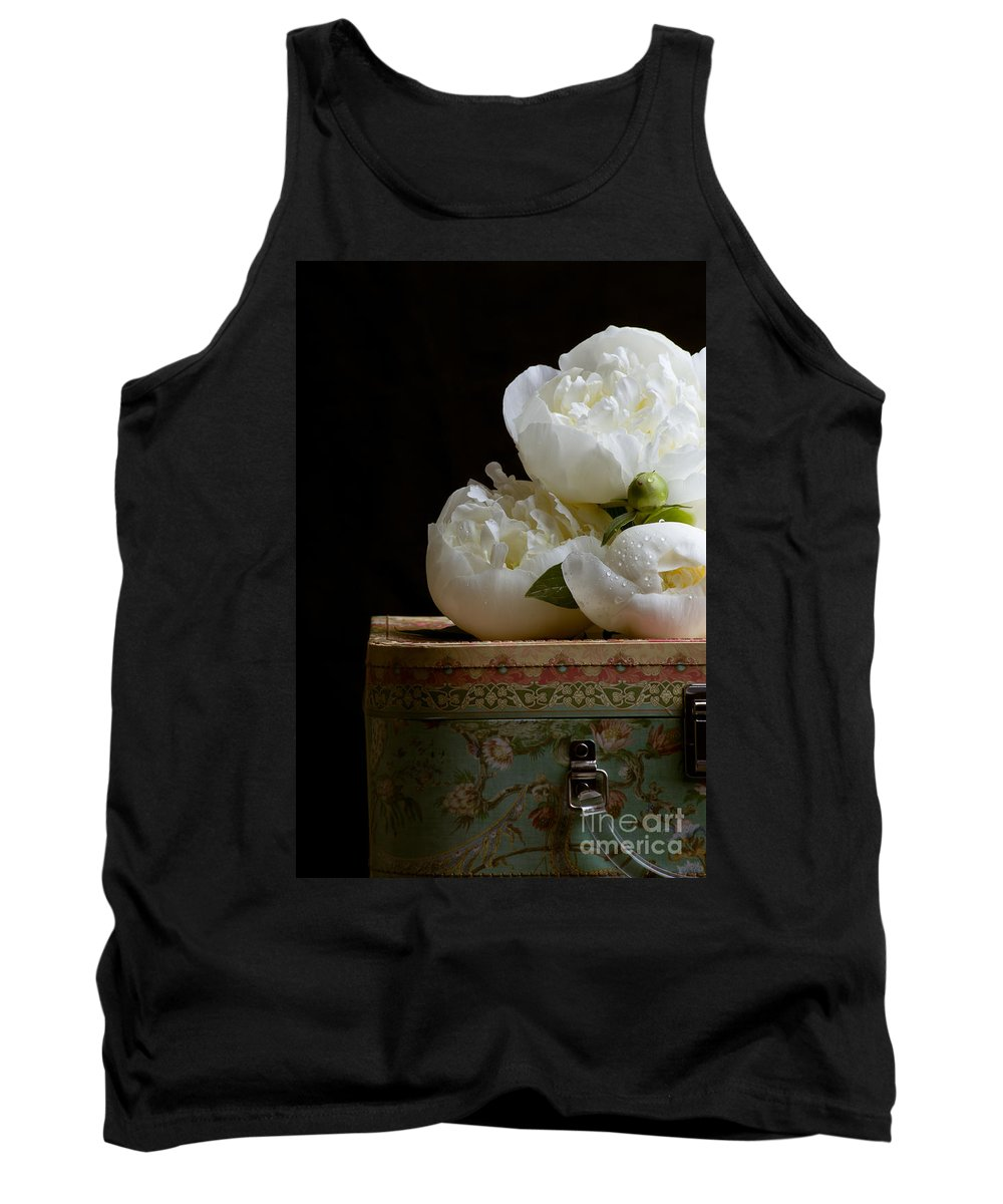 Hat Tank Top featuring the photograph Peony Flowers On Old Hat Box by Edward Fielding