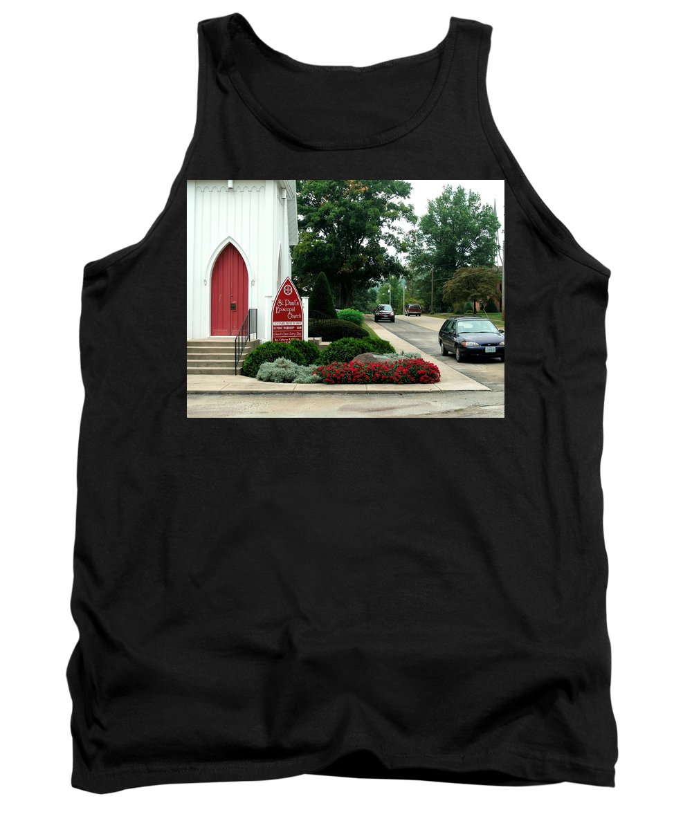 Points Of View Tank Top featuring the photograph Points Of View by Kip DeVore