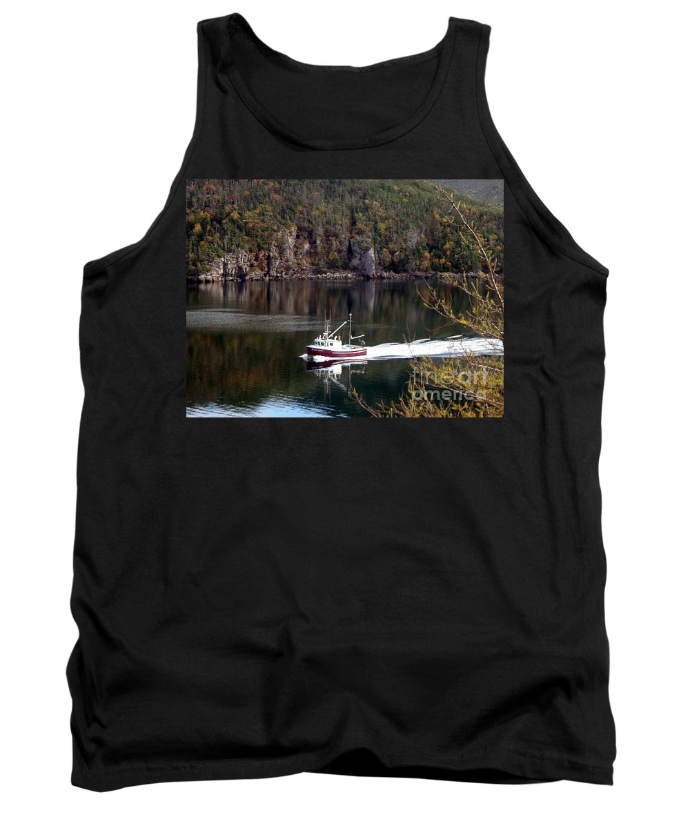 Red Boat Tank Top featuring the photograph Red Boat Returning From Sea by Barbara Griffin