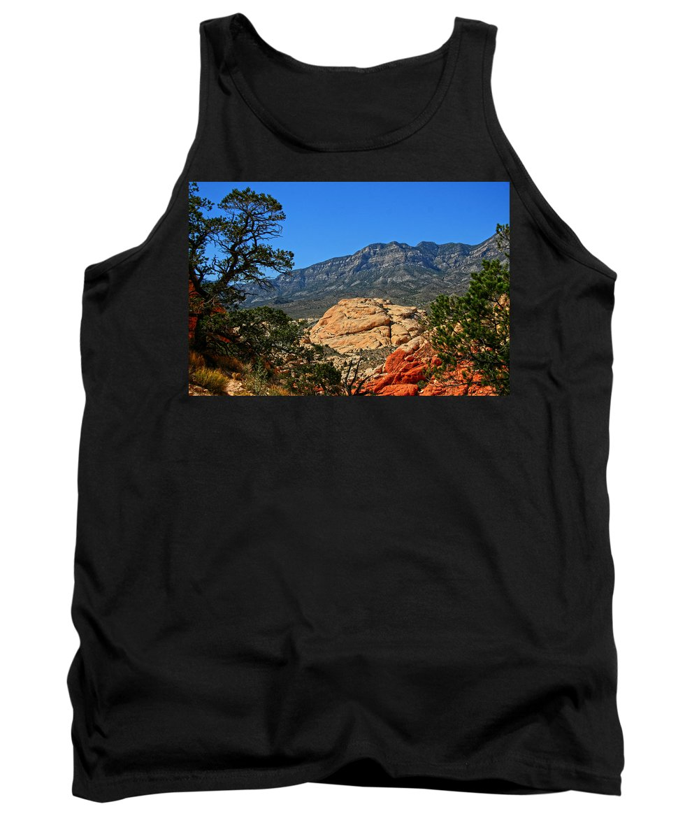 Red Rock Canyon Tank Top featuring the photograph Red Rock Canyon 4 by Chris Brannen
