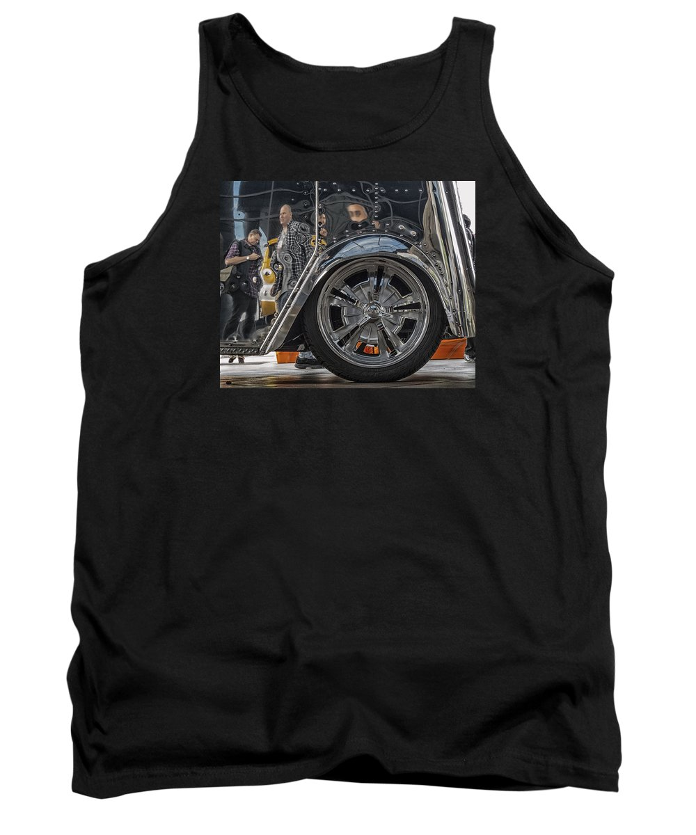 Sema 2013 Tank Top featuring the photograph Reflections In An Ice Cream Truck by Gary Warnimont