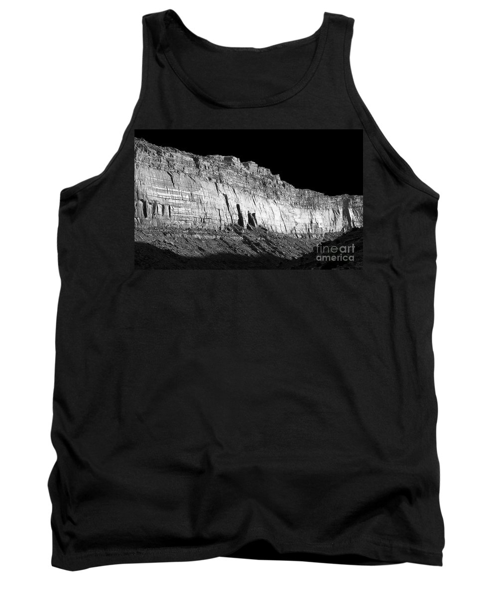 Digital Black And White Photo Tank Top featuring the digital art River Wall Bw by Tim Richards