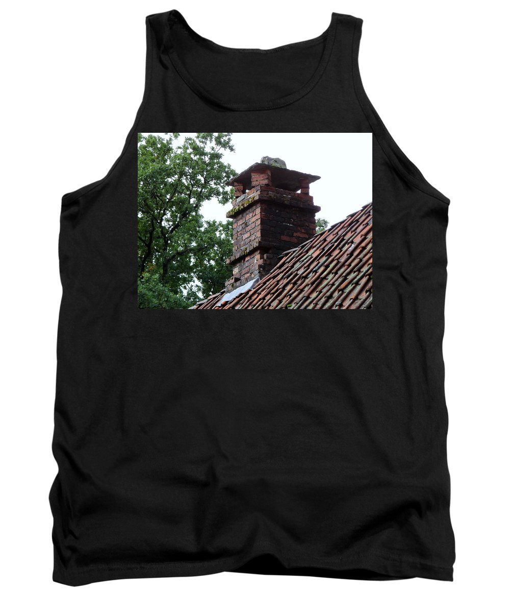 Roof Tops Tank Top featuring the photograph Roof Tops 2 by Richard Rosenshein