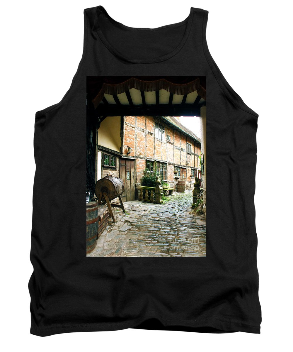 Stratford Upon Avon Tank Top featuring the photograph Stratford Back Alley by Terri Waters