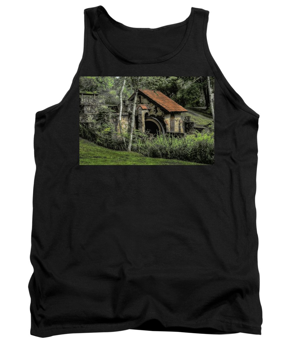 Summer Tank Top featuring the photograph Summer At Eastern College - Radnor Pa by Bill Cannon