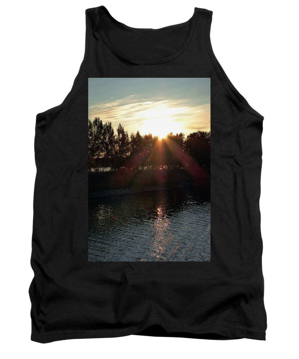 St. Basil's Cathedral Tank Top featuring the photograph Sunset On The Volga River by Linda Dunn