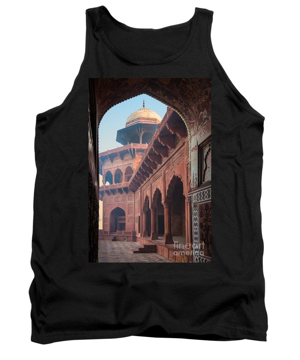Designs Similar to Taj Mahal Jawab