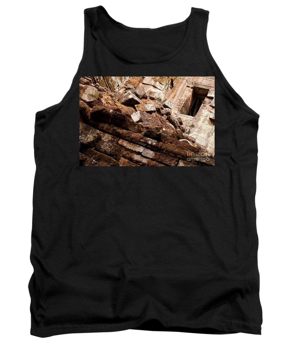 Ruined Tank Top featuring the photograph Temple Ruins 04 by Rick Piper Photography