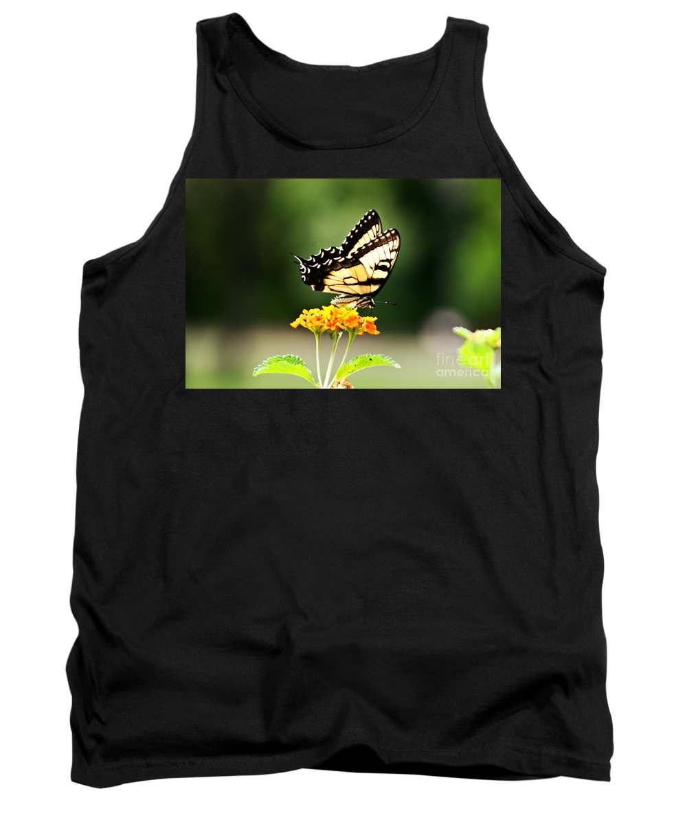 Nature Tank Top featuring the photograph The Monarch by Earl Johnson