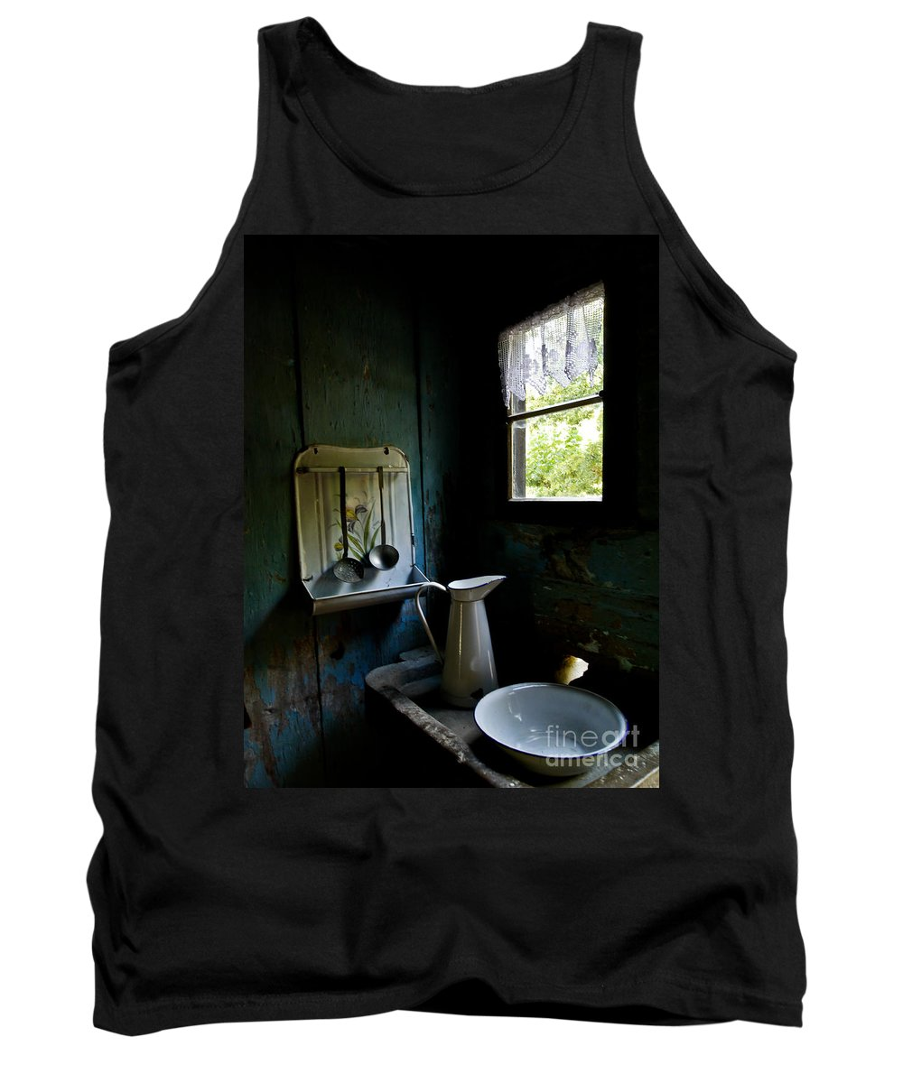 Kitchen Tank Top featuring the photograph The Old Kitchen by Brothers Beerens