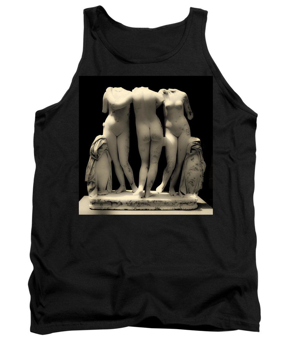 New York Tank Top featuring the photograph The Three Graces by Jeff Watts