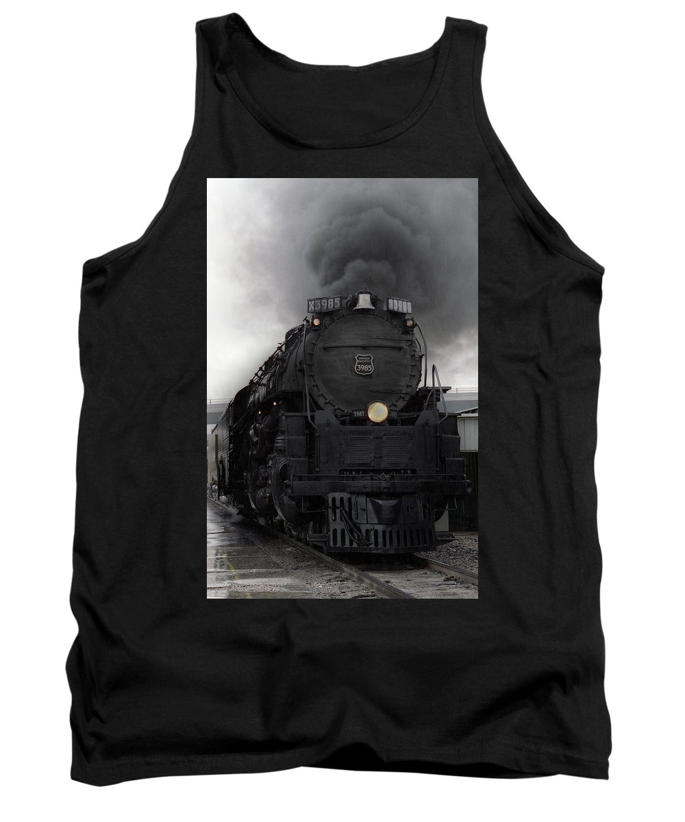 Steam Tank Top featuring the photograph Union Pacific 3985 by Sumi Martin