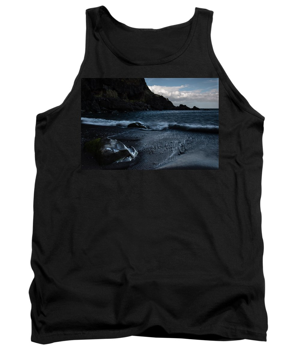 Dark Tank Top featuring the photograph When The Sun Goes Down by Edgar Laureano