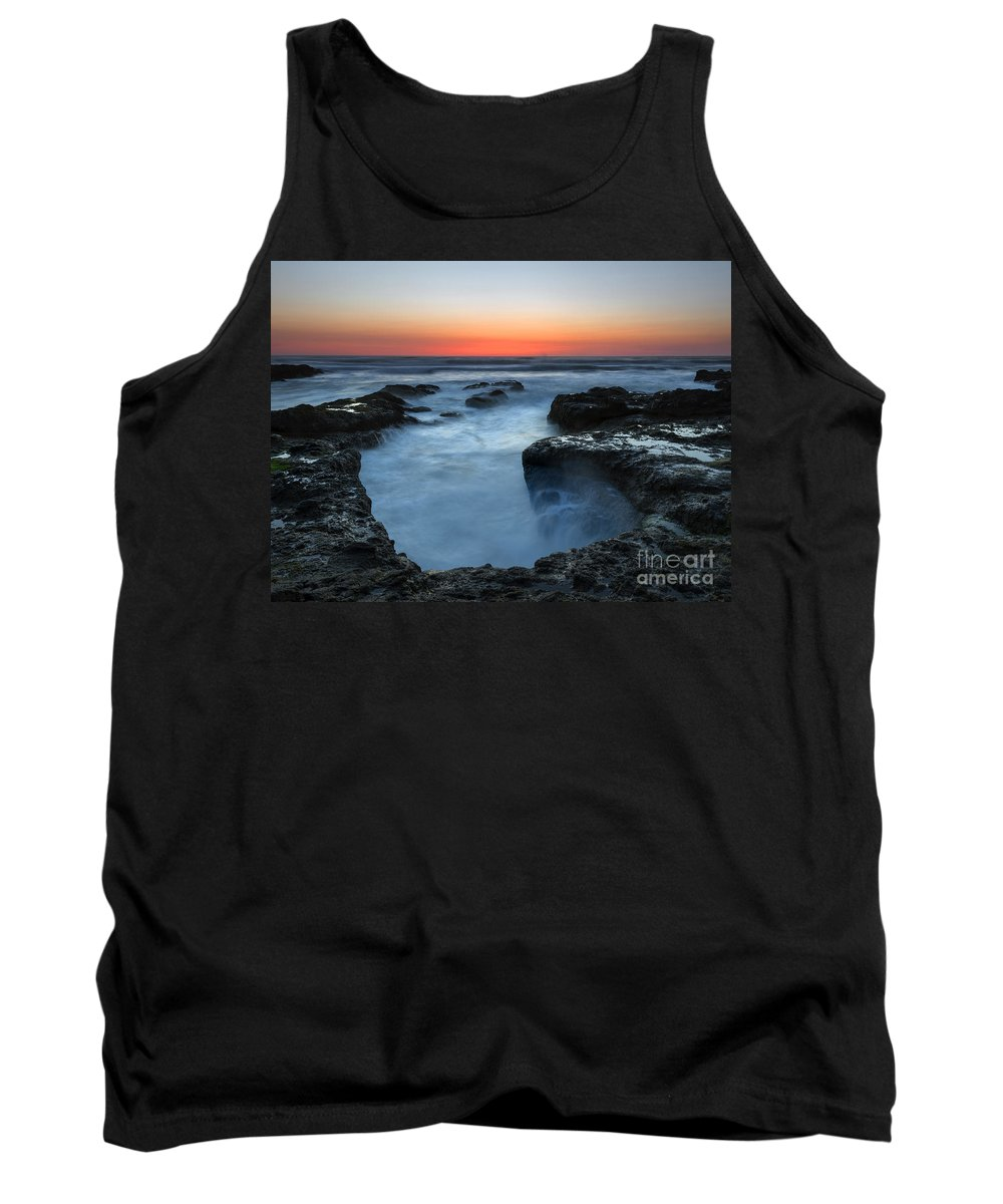 Cauldron Tank Top featuring the photograph Yachats Sunset by Mike Dawson