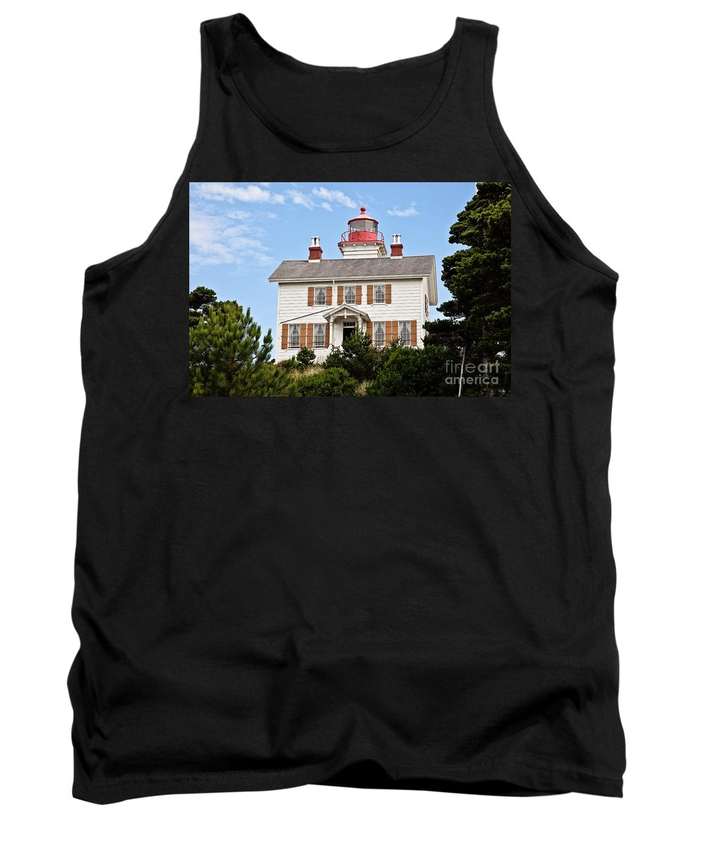 Yaquina Bay Lighthouse Tank Top featuring the photograph Yaquina Bay Lighthouse by Scott Pellegrin
