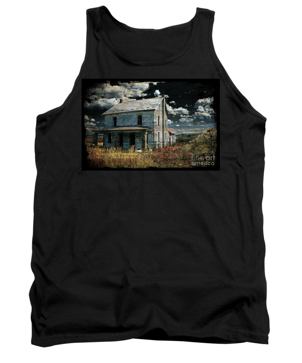 House Tank Top featuring the photograph Yoooo Hooooo by Lois Bryan