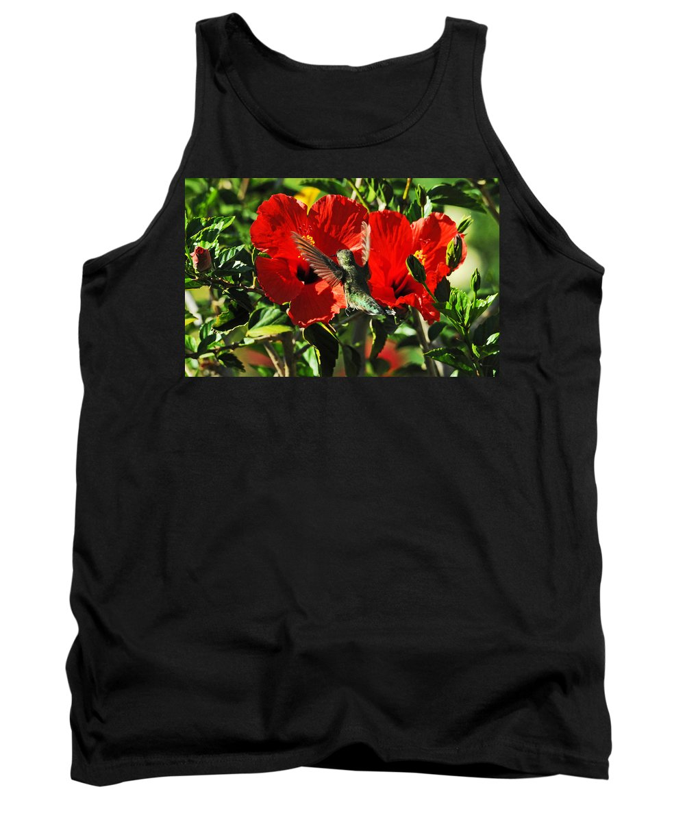 Hummers Tank Top featuring the photograph Hibiscus Heaven by Lynn Bauer