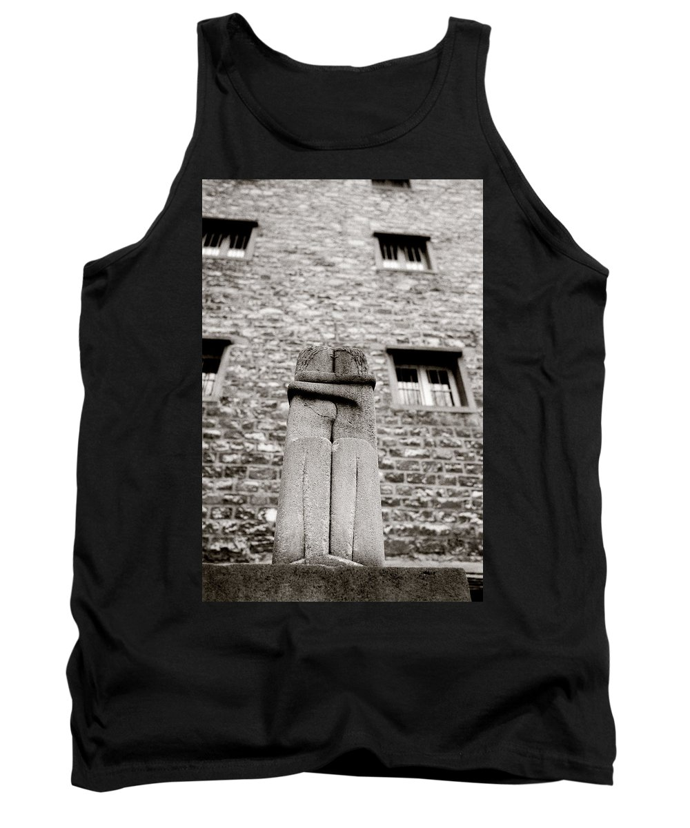 Love Tank Top featuring the photograph Brancusi The Kiss by Shaun Higson