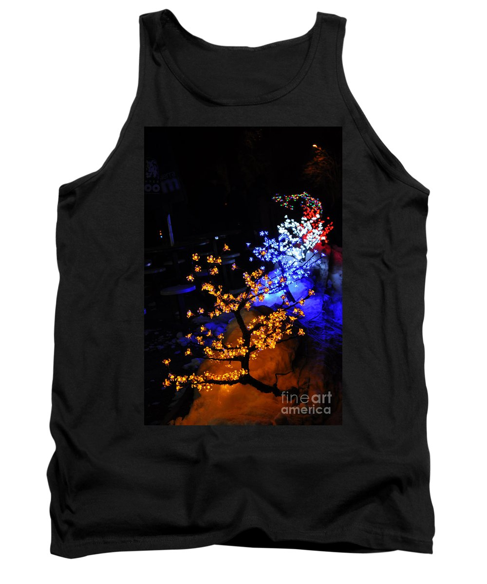 Light Tank Top featuring the photograph Color Berries by Anjanette Douglas
