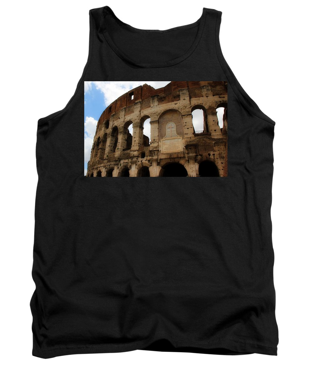 Rome Tank Top featuring the photograph Colosseum 1 by Andrew Fare