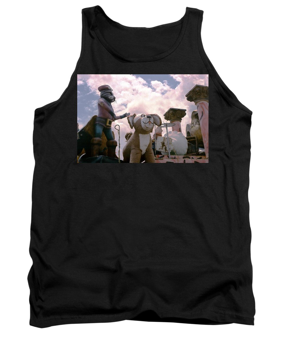 Louisiana Tank Top featuring the photograph Mardi Gras Float by Doug Duffey
